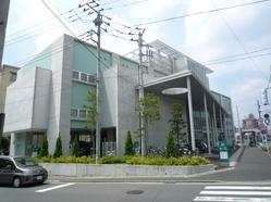 川崎市有馬・野川生涯学習支援施設『アリーノ』 図書室担当職員